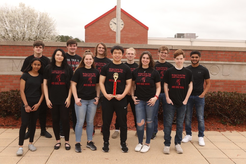 Magnolia High School Quiz Bowl Advances to State!