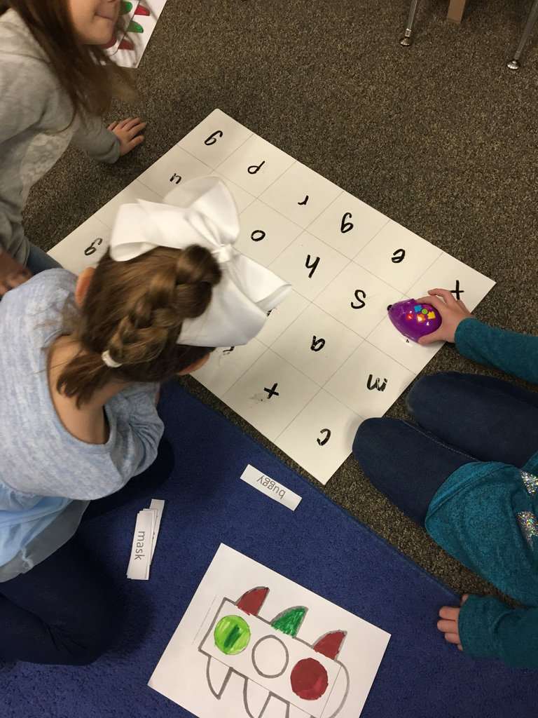 Code and Go Mouse word building